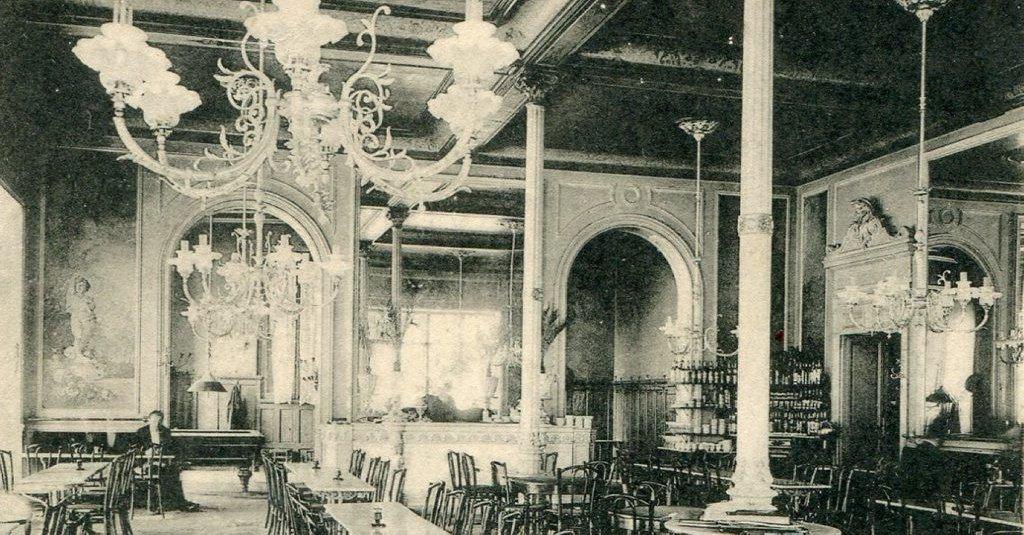 Le bar lepontie il y a 100 ans